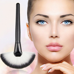 faced cosmetics pro 2019 - 10pcs Pro Women Lady Large Fan Shape Soft Blush Face Powder Foundation Cosmetic Brushes Makeup Beauty Tools cheap faced