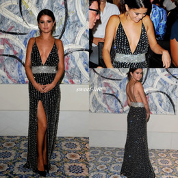 selena gomez champagne evening prom dress 2020 - Selena Gomez Luxury Crystals Beading Spaghetti Straps Split Pageant Evening Gowns Black Celebrity Dresses Long Prom Part
