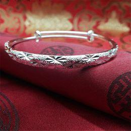$enCountryForm.capitalKeyWord Australia - Vintage Retro Silver Bangles Women Classic Handmade Tibetan Silver Carved Plum Flower Cuff Bracelets for Girls Women 6cm Width