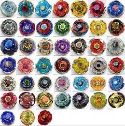 TOUS LES 45 MODÈLES Beyblade Metal Fusion 4D Lanceur Beyblade Top Spinning Set enfants Jeu Jouets Cadeau De Noël pour Enfants livraison gratuite en Solde