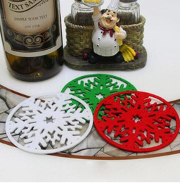 round fabric doilies NZ - hot Christmas Coffee Table Water Snowflake Coaster Insulation Pad Coaster Doily Christmas snow cup coaster cushion
