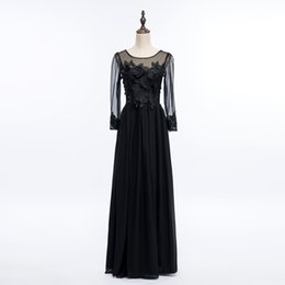 China Bateau Neck Lace Chiffon Long Evening Dress With Appliques 2018 Backless Long Evening Gowns Long Sleeves Party Gowns Elegant cheap line bateau chiffon lace suppliers
