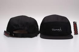 Nueva moda 20 estilos Diamond cap 5 Panel Snapback Hats clásico hombre mujer  diseñador snapbacks gorras barato diamante floral sombrero gorras planas fa56eccbc58