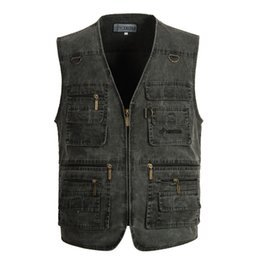 China Outdoor Fishing Photography Reporter Vest Hunting Waistcoat Multiple Big Pocket Jacket Plus Size 6XL Male Large Size Men's Clothes Cotton supplier hunting fishing clothes suppliers