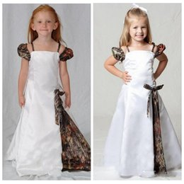 Barato Camuflagem Vestido-Lovely Camo Flower Girl Dresses Spaghetti Straps Cap Sleeves Pavimento Comprimento Camouflage First Communion Dress Kids Evening Gowns