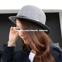 Discount metal letter hats - Fashion elegant wool hats winter Autumn England Jazz Hat M letter metal woolen dome big eaves hat woman Accessories whol