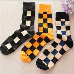 $enCountryForm.capitalKeyWord Canada - Men New Fashion Retro Personality Cotton Men Socks British Style Plaid Socks High quality brand Skateboard hip hop socks sport Socks