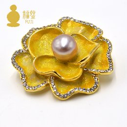 $enCountryForm.capitalKeyWord Canada - FUJI Luxury Fashion Enamel Brooches Jewelry Accessory Lotus Flower Natural Freshwater Pearl Brooch Pins Women Scarves Buckle