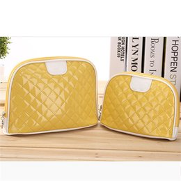 $enCountryForm.capitalKeyWord Canada - Free shipping! Yellow color PU material cosmetic bag, shell shape ladies bag casual hand makeup bag, fashion travel box with zipper DHL