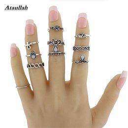 10pcs un conjunto de anillo de moda chapado en oro establece anillos de acero para la joyería de las mujeres en venta