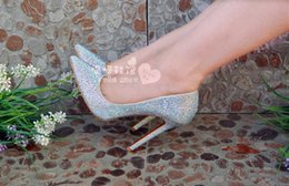 Barato Sapatos De Casamento De Salto Alto De Prata-Luxo artesanal de casamento sapatos de prata grânulos de cristal dos saltos altos Apontado Toe formal do cocktail Evening Shoes
