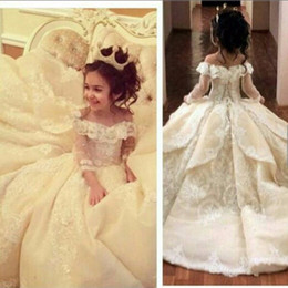 Barato Vestido Elegante Para Meninas-2017 Vintage Lace Flower Girl Dresses Elegante Off Shoulder Wide V Neck Ball Gown Little Girl Vestidos Vestidos Vestidos