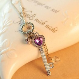 Chandails Longs Pour Les Filles Pas Cher-10Pcs Mix Lot Femmes / Fille Fashion Long Purple Crystal Chandail Chaîne Argent / Or Plaqué Heart Key Shaped Pendant Necklace
