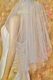 Embroidered Elbow Length Veils NZ - Hot Fashion Real Image Two Layers Beaded Edge Elbow Length Wedding Veils With Beads Bridal Veil Accessories With Comb