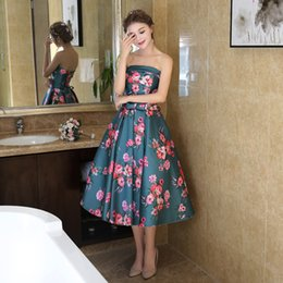 apple flower tea 2019 - Gorgeous Tea Length Cheap Prom Dresses 2017 Strapless Print Flowers Lace Up Back In Stock Short Cocktail Party Dress For