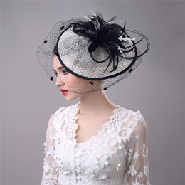 Discount hair decorations for brides - Vintage Birdcage Bridal Hats Flower Wedding Bride Veil Birdcage Tulle Hair Accessories Feather Hats Decoration For Women