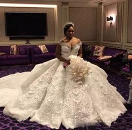 $enCountryForm.capitalKeyWord Canada - Luxury Lace Ball Gown Wedding Dress Off Shoulder Crystal Bridal Gowns Bohemian Plus Size Lace Wedding Dress With Detachable Train
