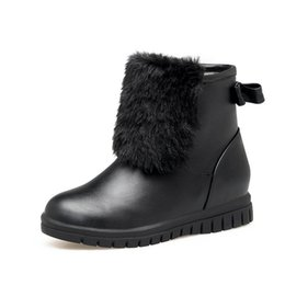 Discount med hair 2018 winter fashion ladies' snow boots, European and American sexy women's shoes, rabbit hair flat quality PU,