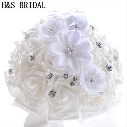 $enCountryForm.capitalKeyWord Canada - wholesale Beautiful White Bridal Bridesmaid Flower wedding bouquet artificial flower rose bouquet Pearls Lace Crystal bridal bouquets