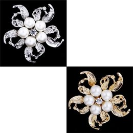 $enCountryForm.capitalKeyWord Canada - Korean Style Fashion Brooch Silver Gold Retro Pearl Breastpin Flower Shape Lemonstore C00774 FASH
