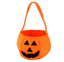 $enCountryForm.capitalKeyWord UK - Halloween Pumpkin Candy Bag Trick or Treat Cute Smile Basket Face Children Gift Handhold Pouch Tote Bag Non-woven Pail Props Decoration Toy