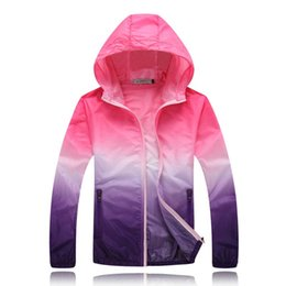 light color clothes Canada - Fall-2016 Outdoor Sports Thin Light Color Windbreaker Coat UV Sun Protection Clothing Female Male Large Size Sunscreen Windbreaker