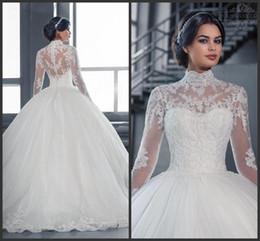 2018 Vintage White Tulle A-Line abiti da sposa Appliqued pizzo pavimento-lunghezza gioiello maniche lunghe abiti da sposa Plus Size in Offerta