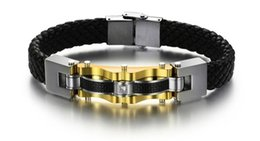 Chinese  Luxury Genuine Leather Bracelet Bangle Man Gold Plated 316L Stainless Steel Bracelet Jewelry With Carbon Fiber men's Leather Bracelet manufacturers