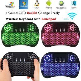 venda por atacado Mini i8 teclado colorido backlight inglês controle remoto 2.4g teclado sem fio voar rato de ar com touchpad para S912 Caixa de TV Android