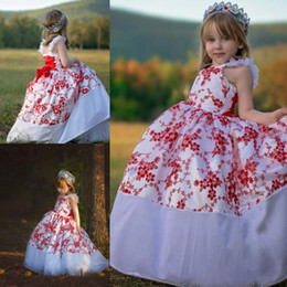 $enCountryForm.capitalKeyWord Canada - Red And White Ball Gown Flower Girl Dresses Spaghetti Straps Lace Up Back Puffy Girls Pageant Gowns Floor Length Child Formal Party Dress