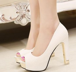 Wedding Shoes White Sandals Canada - In stock high heel appliques white black wedding shoes peep toe wedding sandals white bridal shoes