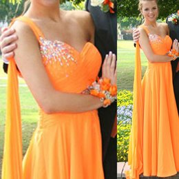 Barato Laranja Ruched Vestidos-De alta qualidade de laranja Chiffon One Shoulder Prom Dress Crystal Beaded Ruched Comprimento de piso plissado Special Occassion Party Dresses Formal Gowns