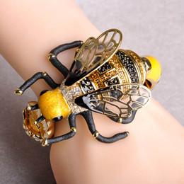 $enCountryForm.capitalKeyWord Australia - Madrry Creative Bumblebee Big Bangles for Women Gold color Enamel Craft Bee Flowers New Fashion Animal Wrist Accessories Joyas
