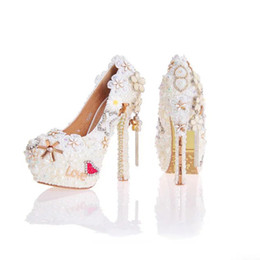 Rhinestone tassels stiletto pumps online shopping - Pearl Wedding Dress Shoes in White Color Gorgeous Design Flower Tassel Rhinestone Bridal Shoes Love Style Party Prom Pumps