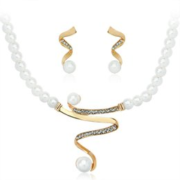 Discount unique pearl jewelry sets - Crystal Pearl Necklace Earrings Bracelet Gold White Jewelry Set Elegant Party Wedding Women Girl Gifts Prom Unique