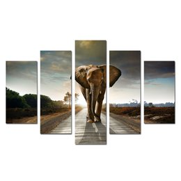 Elephant Panel Art UK - Elephant Walking 5 Panels Modern Giclee Canvas Prints Animals Landscape Artwork Paintings on Canvas Wall Art Decor for Home Decorations