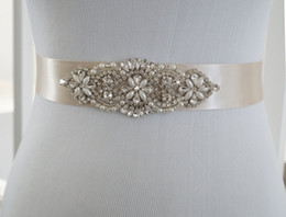 sash belts for sale UK - Hot Sale Exquisite Beading Wedding Belt For Bridal Wedding Accessory Pearls Rhinestone Crystals Wedding Sashes With Ribbon