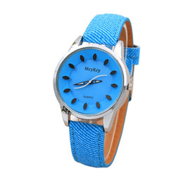 $enCountryForm.capitalKeyWord Canada - Fashion Luxury Womens Stainless Case Leather Band Round Dial S Pointer Quartz Wrist Watch relogio dropshopping