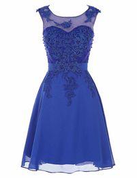 Vestidos de coctel azules Mujeres lindas 2016 Longitud de la rodilla Satén corto vestido de fiesta Rebordear encaje Vestidos Tallas grandes Mujeres atractivas Vestidos de cóctel
