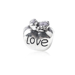 $enCountryForm.capitalKeyWord Canada - Replacement Love Heart Apple Alloy Charm Bead Fashion Women Jewelry Stunning Design European Style For DIY Bracelet