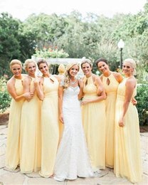 Robes De Mariée En Mousseline De Soie Jaune Clair Pas Cher-Light Yellow Style Country Robes de demoiselle d'honneur 2017 Mousseline A Line Floor Length Elegant Evening Party Gowns Robe d'été Wedding Dress Cheap