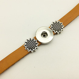 ImItatIon sunflowers online shopping - Hot Sale Sunflower Leather snap button Bracelet BT220 fit mm mm snaps party dress jewelry DIY