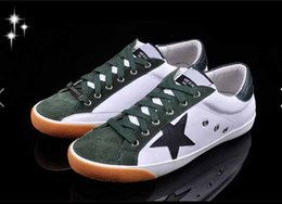 christmas gift shoes Australia - Christmas gift for The new star models of men and women couple shoes leisure wild first layer of cow leather shoes