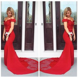 Barato Vestido Curto Vermelho Azul Beading-2018 Red Mermaid Slim Prom Vestidos Manga Curta Button Sweep Train Lace Appliques Party Vestidos Vestidos de noite Beading Vestidos De Fiesta