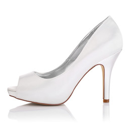 Champagne Platforms Canada - Plain Upper in Nice Dyeable Satin Wedding Dress shoes Platform White Color Wholesale Women Bridal Wedding Shoes Made in China