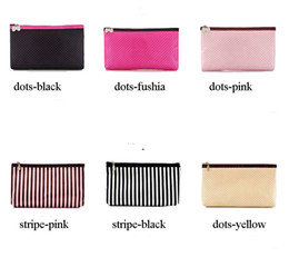 $enCountryForm.capitalKeyWord Canada - Simple cheap price zip closure dots stripe wash case makeup holder women cosmetic bag ELB026 dropping selling