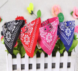 Wholesale Novo 20 PCS Estilo Ajustável Pet Dog Cat Bandana Cachecol Collar Lenço Marca New Mix Cores 50 pcs 45 * 2 CM coleiras de cão WY79