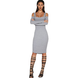 Barato Black Skirt Dress Venda-Suspender Skirt Backless Vestidos Moda Mulheres Sexy manga comprida One Piece Vestido Off Shoulder Vestido branco preto Vestidos BODYCON Hot Vendas 136