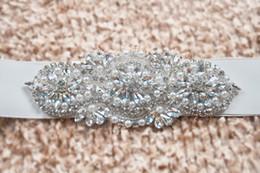 Ceintures et ceintures de mariée à la mode robe de mariée Ceinture pour la mariée perlé strass cristal ceinture de mariage pas cher