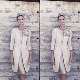 Mother Bride Dress Knee Length Silk Canada - New 2016 Vintage Light Champagne Knee-Length Carla Ruiz Mother Of The Bride Dresses With 3 4 Long Sleeves Jacket Lace Cheap Custom EN6246